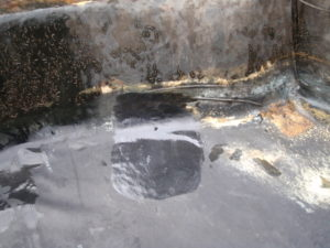 How to mend a pond liner